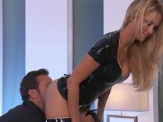 Amazing slut Jessica drake seduces her boss