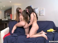 Three magnificent babes play with each other on the couch