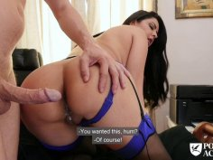 Brunette MILF in stocking is pounded hard in her asshole