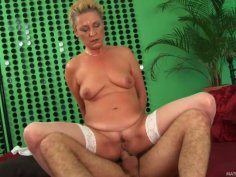 Granny bitch Bettany rides Ryan's hard pecker and gives him deepthroat blowjob