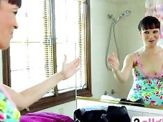 Hot And Crazy Masseuse Dana DeArmond Can't Keep Her Dirty Mind At Bay