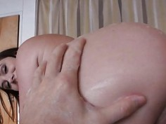 Phat booty girlfriend tries out anal sex while being filmed