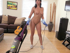 Natural-breasted maid Selena Santana cleaning the house